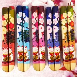 5 colors japanese chopsticks set in wood flowers and cats HANA MANEKINEKO