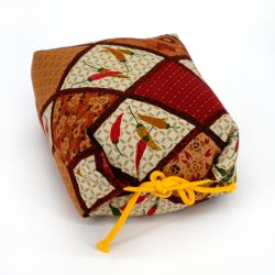 Small Makura chilli pattern cushion - MAKURA CHIRIPEPPA
