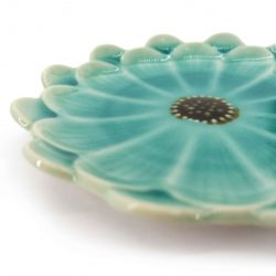 Small Japanese plate with blue flower - KIKKO