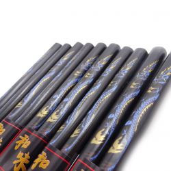 black japanese chopsticks set in wood dragon RYU